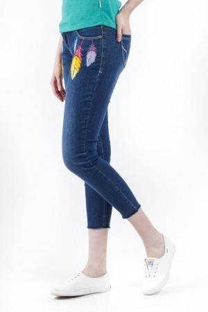 Freshgear Embroidered Feather Jeans In Blue