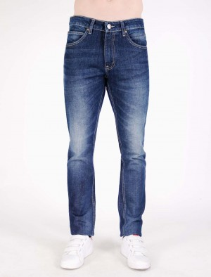 Rifle Basic Five Pocket Low Waist Slim Straight Jeans in Dark Wash